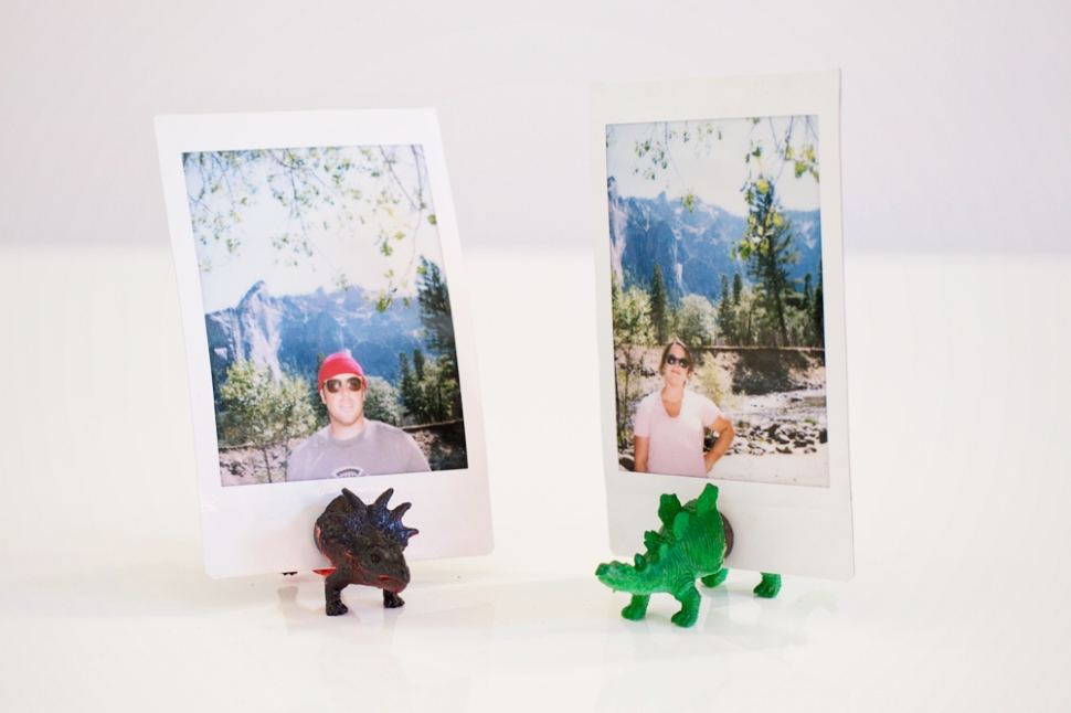 DIY Photo Stands: How to Train Your Photojojo Dinos | Photojojo